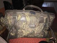 Large tapestry luggage bag