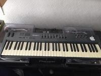 MIDI keyboard m audio oxygen 61