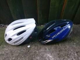 2 bike helmets £5