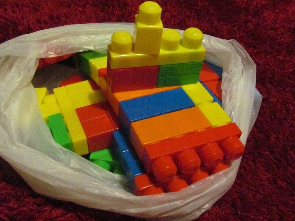 Mega Bloks 72 piece set