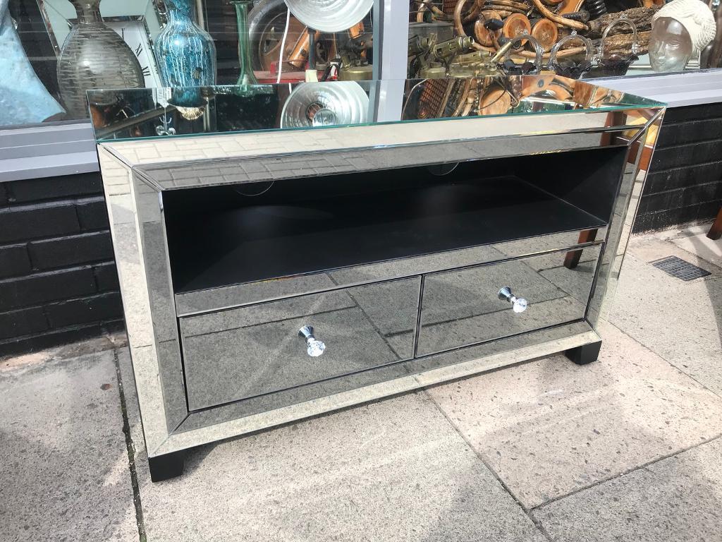 Smoked Grey Mirrored Tv Stand