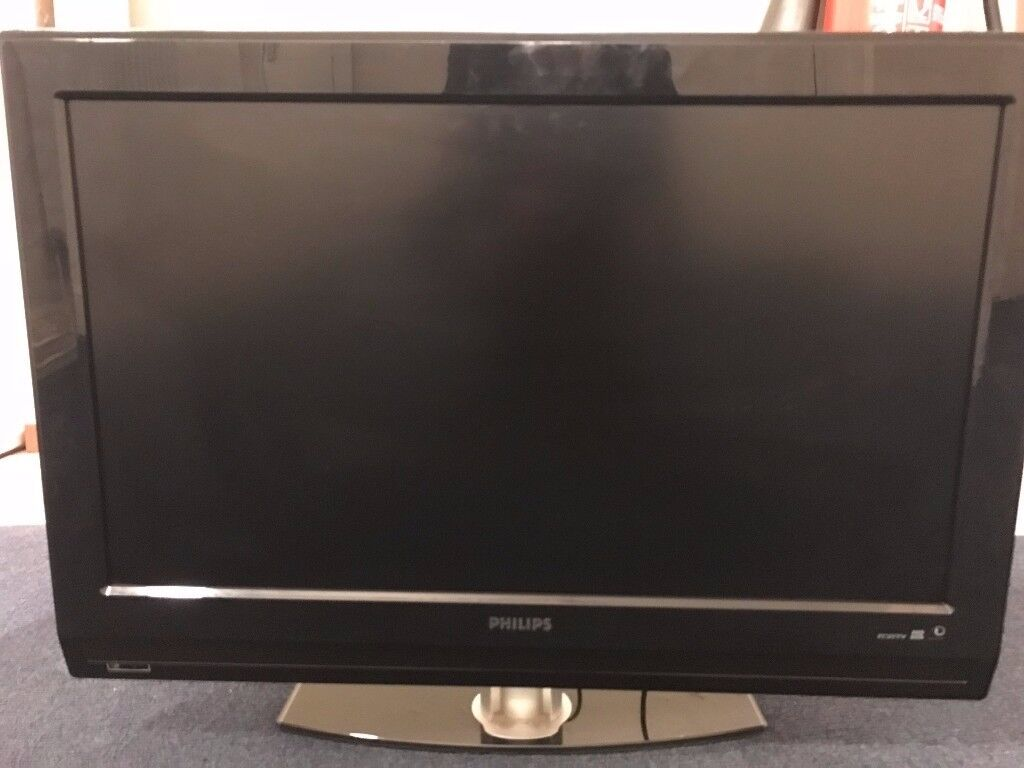 Philips LCD Flat Screen TV 32 Inch *No Remote Control* 32PFL5522D