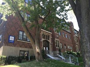 Cute little 3 1/2 apartment fully renovated 450 sq ft. Westmount