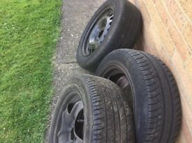 Astra wheels and tyres