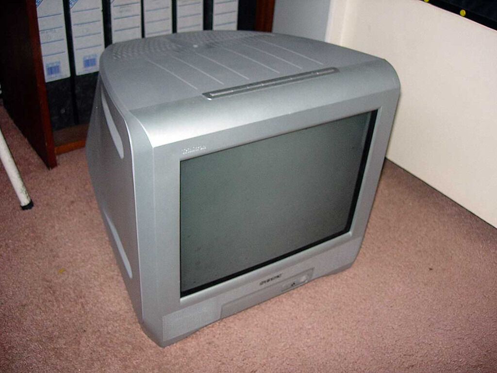 Sony Trinitron 14 inch TV + Freeview Box + Scart Lead