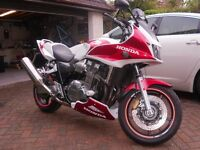 HONDA CB1300 SA-5 2005. MOT March 2017. Only 25000 miles. Used mainly for summer touring.