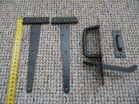 iron thumb latch set