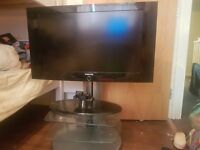 """Samsung LCD tv, 32"""" *spares and repairs*"""