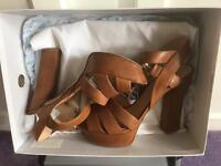 Guess Shoes size 6