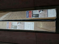 2 packs laminate flooring