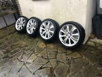 17inch alloys with 4 new tayers 4stud