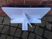 Small fold down children's desk/table