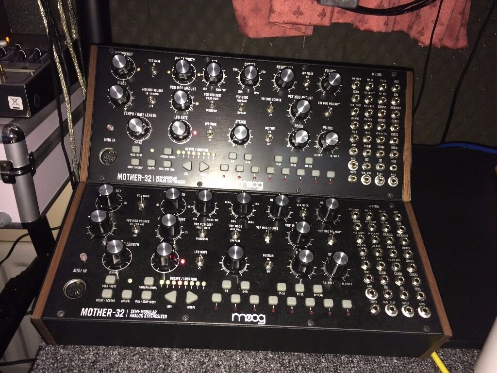 2 x moog mother 32 semi modular synthesizer with 2 tier rack mount kit in east london london. Black Bedroom Furniture Sets. Home Design Ideas