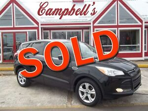 2014 Ford Escape SE!! BACK UP CAMERA!! HEATED SEATS!! AIR!!
