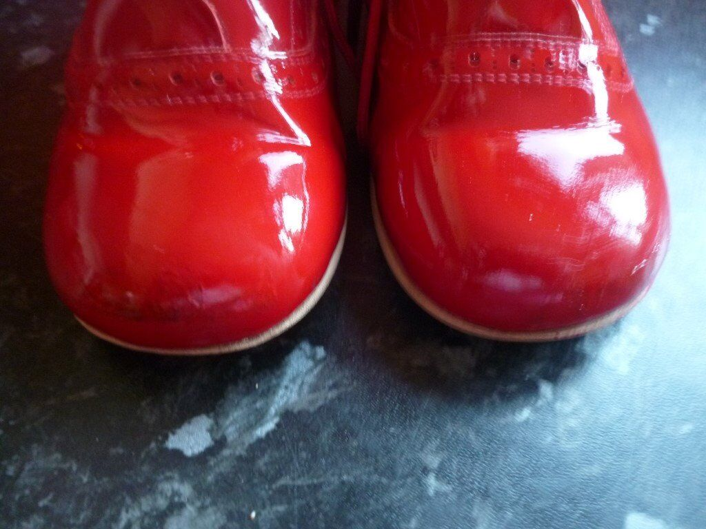 0f526f3e8a1f red spanish boots size 25