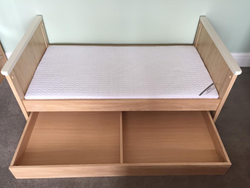 Nursery furniture setin Speedwell, BristolGumtree - Mamas & Papas Murano furniture set, very good condition, all fixtures included to turn bed back into cot and to add changing top to chest of drawers. All instruction manuals included too!