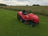 Castle Garden 92cm ride-on mower.