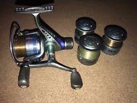 Avanti Oxygen XTR 40 Carp Reel Spinning Bomb Fishing Reel w/ 3 Spare Spools Loaded with line
