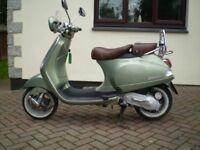 piaggio vespa lxv 50 scooter 2007 only 9000 miles 12 months mot rare spec