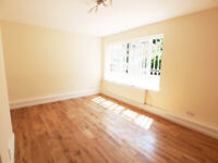 Large 3 double bedroom maisonette based a short walk of Archway Tube and Holloway Road