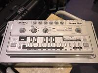 Cyclone Analogic Bass Bot TT-303 Analogue Acid Monosynth (Roland TB-303 clone)