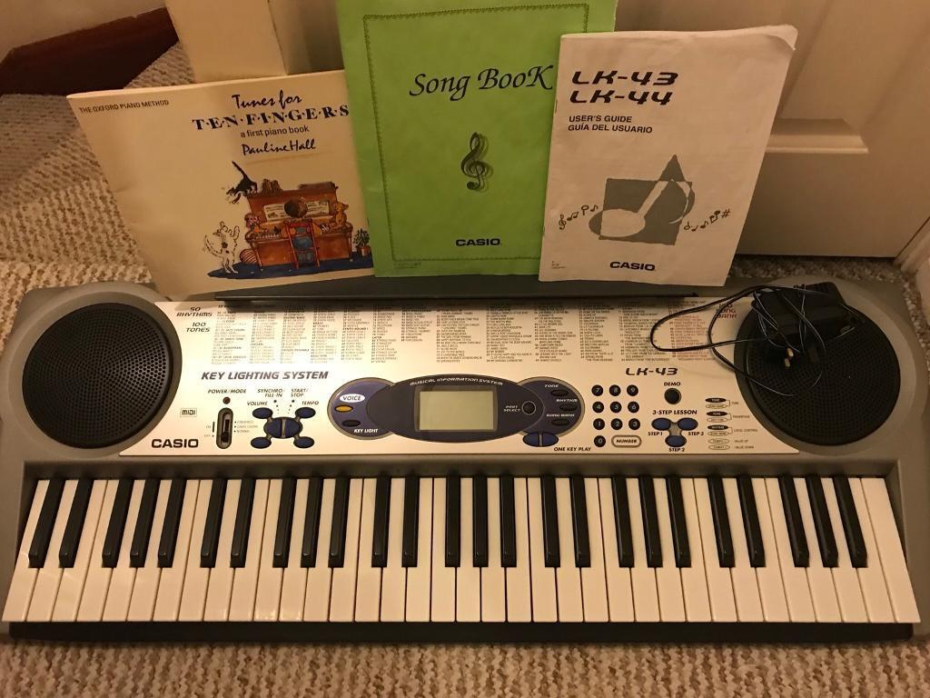 casio lk 43 electronic keyboard piano with light up keys great