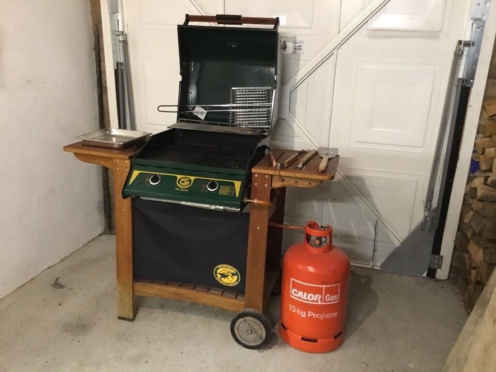 Kända BBQ The Australian Barbecue Company with cover, tools, gas BZ-65
