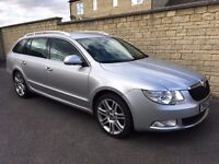 SKODA Superb Elegance 2.0TDI 4x4 170BHP estate. Top spec. Low miles. Sat-nav, Leather, DVD, Bi-xenon