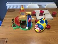 Peppa Pig wobble play house and wobbly Rocket