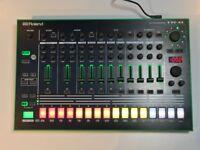 Roland TR8 Drum Machine (Boxed). Mint Cond + 2019 Warranty