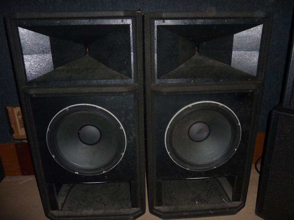 Peavey Hisys 4 Xt Pair Pa Speakers In Harrietsham