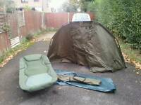 Bivvy, bedchair and table