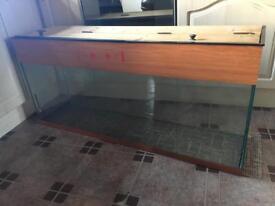 4.5ft fish tank