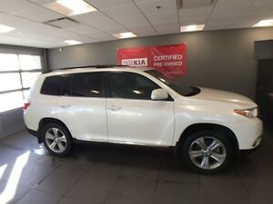 2013 Toyota Highlander LIMITED Leather, heated seats, back up ca