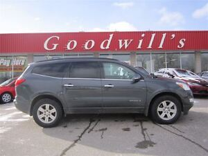 2009 Chevrolet Traverse LT! QUAD SEATS! ROOF RACK!