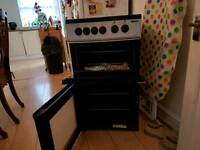 BEKO ELECTRIC FREE STAND WITH CERIAMIC HOBS AND STILL UNDER WARRANTY TIL OCTOBER