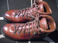 Crispi four season leather walking boots size 46
