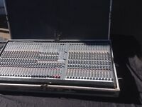 VINTAGE STUDIOMASTER 32 CHANNEL RECORDING MIXING CONSOLE ( NEEDS REPAIR )