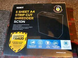 **£10** 5 sheet Shredder (New)