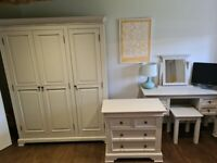 Nearly new - 4 piece bedroom furniture set
