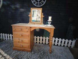 SOLID PINE FARMHOUSE DRESSING TABLE WITH TOP MIRROR WITH 4 DOVETAIL DRAWERS EXTREMELY SOLID