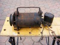 12 Volt Car Dynamo
