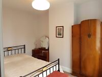 Double Room in victorian terrace close to park
