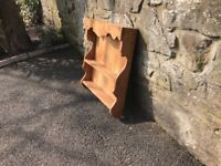 'Very good condition' Pine Dish Display Rack