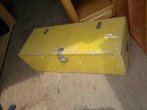"""Oakville Large 32"""" Long Wood Tool Box Yellow Wooden Old but sturdy Locks Metal Handles Tough Durable Plywood"""