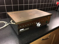 REDUCED - Harvard Laboratory 2000W Hotplate. Good used condition hotplate - REDUCED