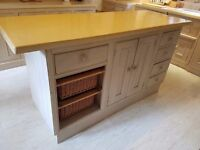 Country style wooden breakfast bar