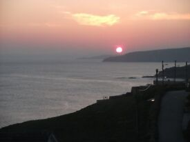 CLIFFTOP COTTAGE IN PORTHLEVEN CORNWALL