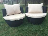 Patio furniture 2 chairs with cushions