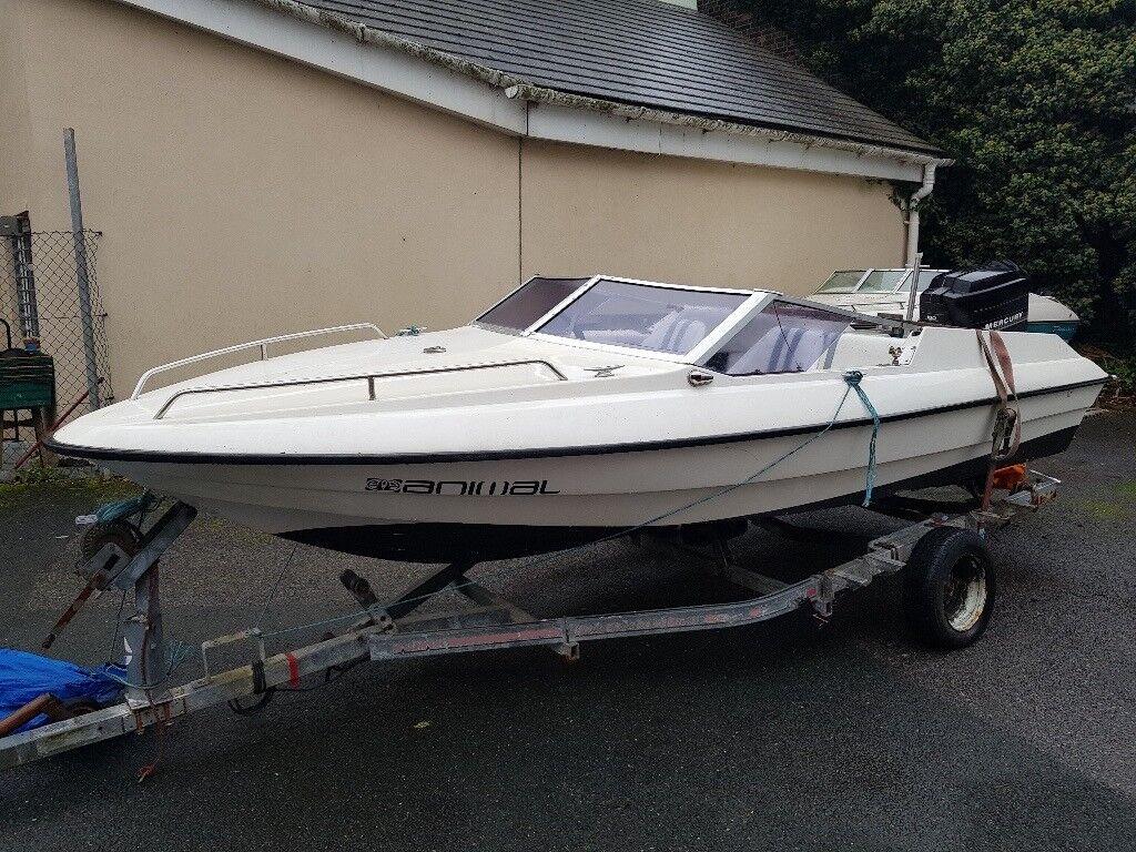 Fletcher Arrowstreak Speedboat, 150hp Mercury Outboard.